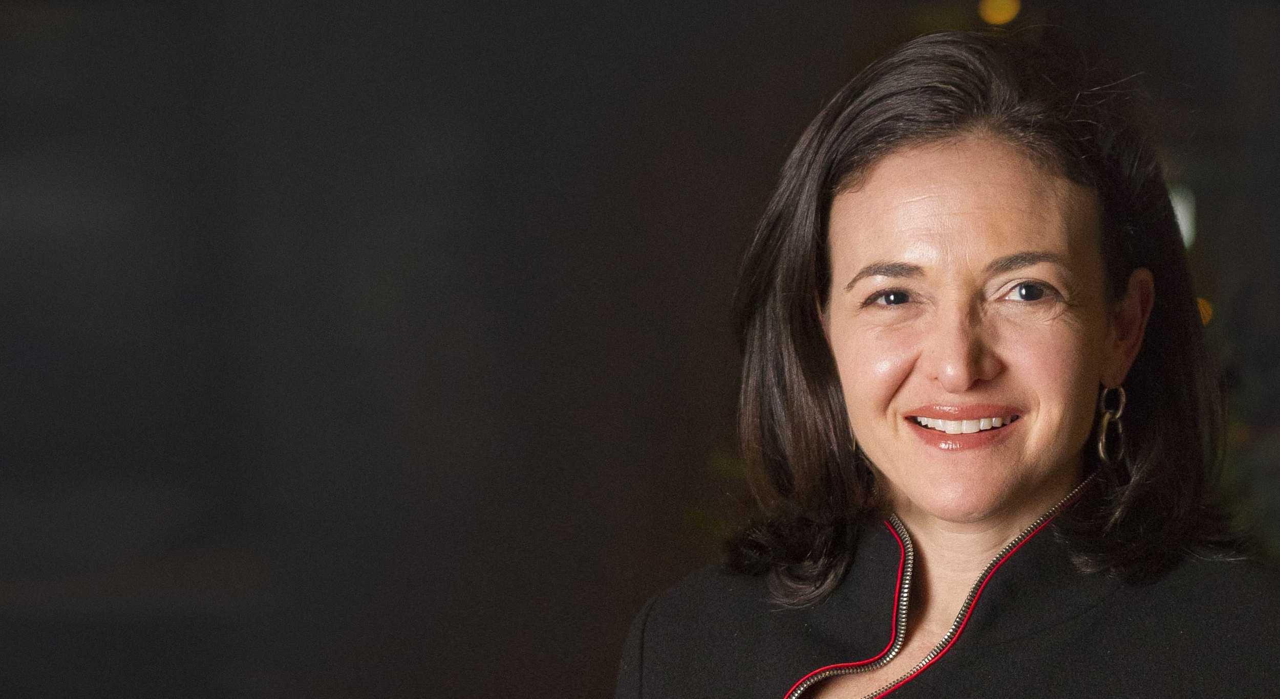 Sheryl Sandberg's COO Resume Example | Enhancv