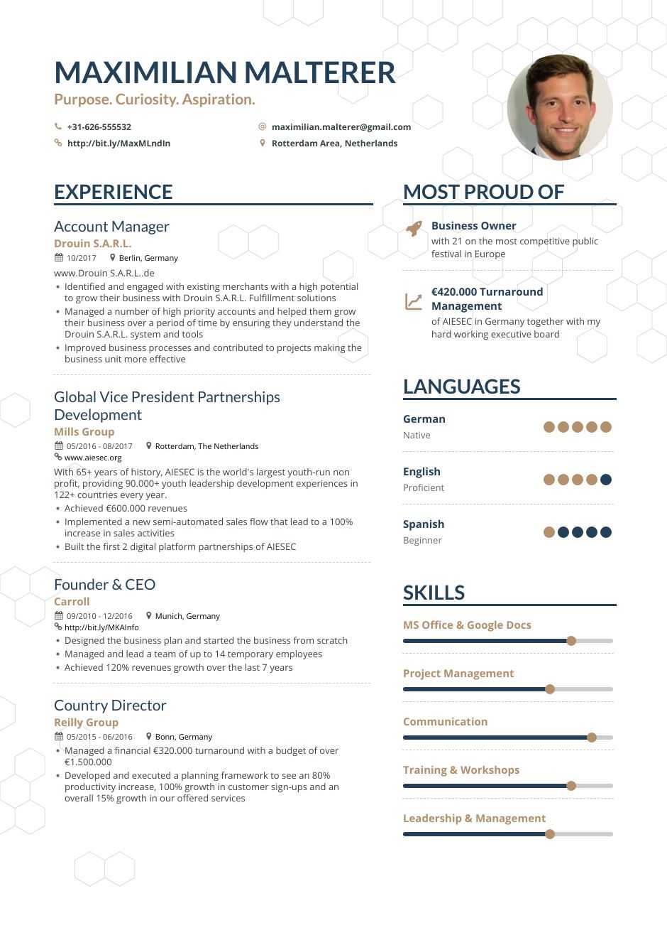 Account Manager Resume Examples Pro Tips Featured Enhancv